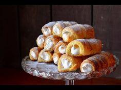 Šmetrdóle – slovácká verze slavných kremrolí s meruňkovo-bílkovým krémem - YouTube Baked Potato, Deserts, Stuffed Mushrooms, Food And Drink, Bread, Baking, Vegetables, Breakfast, Cake