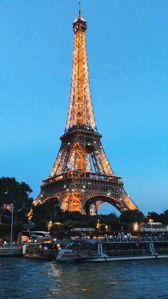 Eiffel Tower Photography, Paris Photography, Travel Photography, Night Photography, Landscape Photography, Landscape Photos, City Aesthetic, Travel Aesthetic, Paris Travel