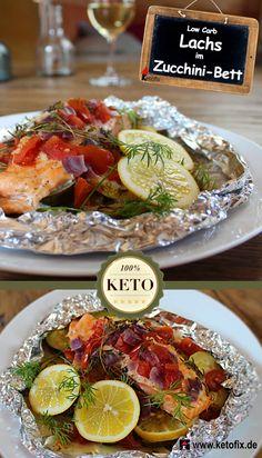 Köstlicher Low Carb Lachs aus dem Ofen (im Zucchini-Bett). Kalorienarmes Fischrezept für die Low Carb Diät und ketogene Ernährung. Hol dir das Rezept.