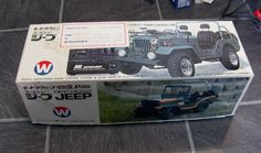 ITEM Retro late 70 s early 80 s OFF ROAD-JEEP radio controlled car by WACO IN LARGE 1 14 SCALE DESCRIPTION item is used box looks good is all there