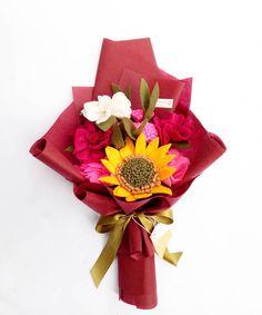 Alhamdulillah,.. Terimakasih untuk customer kesayangan kami, yang slalu suka dengan hasil kami. semoga bunga karya kami menjadi hadiah yang disukai. Terimakasih yang sudah order,dari yang coba coba hingga pelanggan setia,  Yang order luar kota maupun luar pulau,.yang rela nungguin orderannya beberapa hari di perjalanan.terimakasih banyakk. . . . . . .  #bungaflanelpku#bungaflanel#bungaflanelmurah#pekanbaru#bunga#buket#buketflanel#handbouquet#hadiahwisuda#hadiahyudisium#gift#hadiahmu...