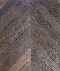 Chevron Parquet Flooring - Luxury At Every Step Best Flooring, Timber Flooring, Parquet Flooring, Stone Flooring, Hardwood Floors, Old Wood Texture, Wardrobe Design Bedroom, Painted Floors, Curtains With Blinds