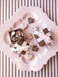 Pink Chocolate, Chocolate Coffee, Yummy Treats, Sweet Treats, Valentines Baking, Cookie Time, Cookie Box, Cake Cookies, Mini Cookies