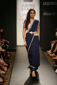 Lakme Fashion Week Winter 2014 - Arpita Mehta and Ridhi Mehra Indian Designer Outfits, Designer Dresses, Designer Sarees, Saree With Belt, Indian Look, Pakistani Outfits, Pakistani Clothing, Lakme Fashion Week, Indian Couture