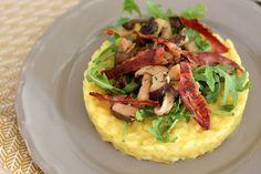 Deze risotto alla Milanese kun je serveren als feestelijk voorgerecht. Of maak een grotere portie als hoofdgerecht. Bekijk hier het recept.
