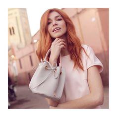 * Intemporel * • @pompa_rosa  www.pomparosa.com • +(57)3007731495 • . . . . . .  #pomparosa  #fashion #style #cute #photooftheday #beauty… Bucket Bag, Bags, Style, Fashion, Pink, Totes, Handbags, Swag, Moda
