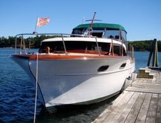 Cabin Cruiser Boat, Motor Yachts, Classic Wooden Boats, Photos On Facebook, Chris Craft, Boating, Antique, Canisters, Classic