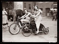 Biker Chicks, 1920s