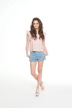 Leather like dusty pink top & light blue denim shorts