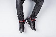 air-jordan-13-low-black-university-red-6