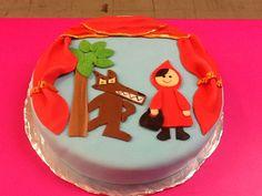 Pastel decorado tarta fondant, caperucita roja,caputxeta www.ameliabakery.com