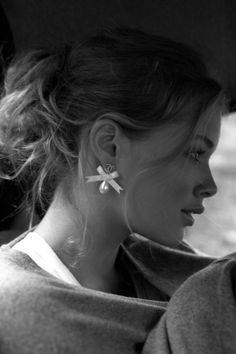 pearl earrings, doutzen kroe
