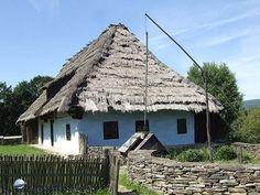 Zsúpfedeles parasztház - Felsővízköz, Felvidék (fotó: Denke Gergely)