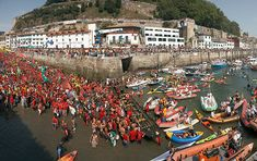 Regatas de traineras de la Concha de San Sebastian - Donostia. Pais Vasco 2006. © Inaki Caperochipi Photography
