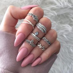 How to Make Nails Grow Faster & Stronger – Most Effective Remedies - Haircut Ideas - Nageldesign Cute Gel Nails, Cute Acrylic Nails, Glue On Nails, Make Nails Grow, Grow Nails Faster, Nail Jewelry, Jewellery, Valentines Sale, Super Nails