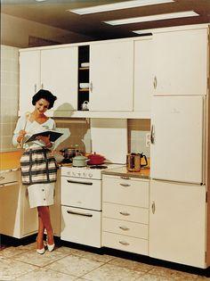 Siemens #advertisement: Built-in #kitchen #furniture from 1959. // #Siemens #Werbeanzeige: #Einbauküche von 1959. #historie #history #enjoysiemens