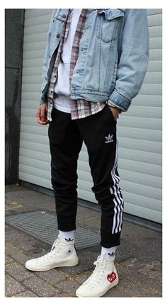Stylish Mens Outfits, Casual Guy Outfits, Black Men Street Fashion, Outfits Hombre, Mode Streetwear, Fes, Mens Clothing Styles, Winter Outfits For Guys, Men's Fashion Sneakers