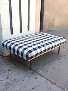 Black & White Gingham Ottoman – FleaPop - Buy and sell home decor, furniture and antiques