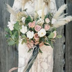 Unique and Modern Wedding Floral Inspiration