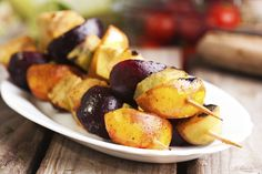 These fruit kebabs are a delicious complement to jerk-spiced chicken or tofu or as as dessert with a scoop of ice cream. Grilled Fruit, Grilled Vegetables, Veggies, Kebab Recipes, Entree Recipes, Fruit Kebabs, National Nutrition Month, Refreshing Desserts, Vitamin E