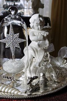 Details - Decorated Christmas Tray (Noel, Brocante, Royal)