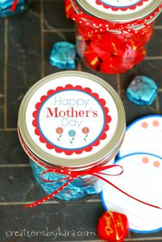 Chocolate and a handwritten note make a perfect Mothers Day gift for any Mom!