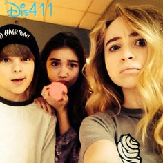 Photo: Rowan Blanchard, Corey Fogelmanis And Sabrina Carpenter January 11, 2014