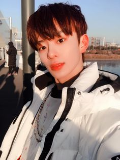 VERIVERY   Kangmin Show Me Your Face, Korean Boys Hot, 1 Real, Jellyfish Entertainment, Fans Cafe, Kpop, Warm Outfits, Girls Club, Pop Rocks