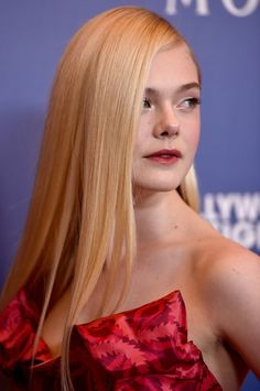 Elle Fanning - Hollywood Foreign Press Association's Grants Banquet — Part 3
