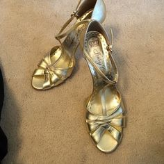 "Juicy couture chase gold heels 8.5 m good Authentic designer juicy couture heels  Gold color  Size 8.5m  Some wear but good condition and a lot of life left in them  Runs true to size  Style chase 4"" heel Juicy Couture Shoes Heels"