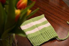 Pääsiäispipo. Satunnaisesti puikoilla - käsityöblogi. #neulonta