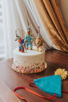 First birthday cake, zoo animals
