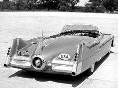 Atlanta-Dream-Cars-1951-General-Motors-LeSabre-XP-8-Struck-Gold-With-Yank-Tank-Ethos-of-1950s-152.jpg (2048×1536)