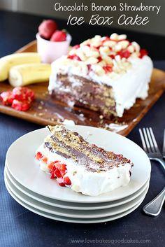 Chocolate Banana Strawberry Ice Box Cake - a decadent dessert full of Dove Dark Chocolate, Banana, Strawberry and graham crackers. #DoveTastemaker #nobake #SummerDessert