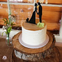 Classic Wedding cakes from Bijou's Sweet Treats Bakery in Luray Va. Specialty wedding cakes for Luray, Front Royal , Harrisonburg , Sperryville , Warrenton , Shenandoah Valley . #rusticwedding #elegantwedding #countrywedding #farmwedding #barnwedding #chicwedding #bryllup #bridestyle #sugarart #cakeart #weddingideas #weddingblog #cakedesign #vintagewedding #weddingcakes #buttercreamcake #flowercake #eventplanning #partyplanning #gardenwedding #summerwedding #desserttable #dessertbuffet