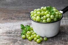 Mnohí si toto ovocie pamätá zo svojho detstva, práve z babičkinej záhrady. Dnes už jeho pestovanie ani zďaleka nie je také populárne. Je to však veľmi na škodu.