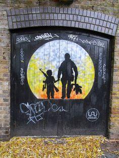 Street art in London (Camden), UK, by artist Otto Schade. Photo by Escapades SA.