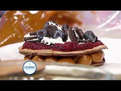 Pancakes de chocolate rellenos con dulce de leche y frutos rojos - YouTube