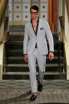 There is no better time than spring to take a deep breath blow some new air on your wardrobe. Refreshing your life and your wardrobe is a fun activity and it do Summer 2014, Spring Summer, Michael Bastian, Sharp Dressed Man, Modern Man, Mens Suits, Mens Fashion, Fashion Trends, Men Dress
