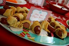 """Winter ONEderland"" theme b-day party. ""keep your piggies warm!"" pigs in a blanket. super easy and kids will love them! (me too!)"