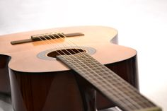 the Tool student classical guitar - Guitarpeople