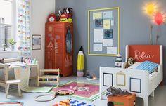 Kinderkamer stylen: alles voor een museumkamer | IKEA IKEAnl IKEAnederland inspiratie wooninspiratie interieur wooninterieur kinderen kinderkamer slaapkamer BUSUNGE meegroeibed bed bedje kinderbed HENSVIK garderobekast kledingkast kast kinderkast FLISAT kinderbureau bureasu tafel tekentafel