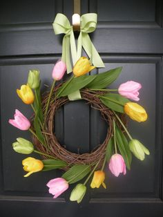 Multicolor Tulip Wreath with Green Ribbon by Daulhouseshop on Etsy
