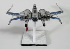 Bandai 1/72 Resistance X-Wing - posted in Ready for Inspection - SF & RealSpace: Finished this up last night. And a couple with space lighting...