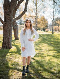LINEN Ruffle Dress - pellavamekko, valkoinen | PURA Finland Ruffle Dress, Finland, White Dress, How To Make, Dresses, Fashion, White Dress Outfit, Moda, Vestidos
