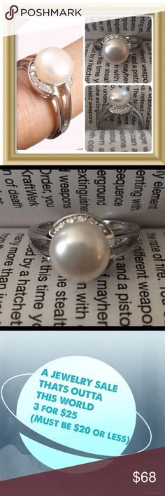 """Majorca Pearl Solid 925 Sterling Silver Ring Sz7 Material is .925 Solid Sterling Silver. The stones are TOPAZ, MAJORCA PEARL. This Ring is 5 grams. Width is 0,50"""". Ring Size is 7 Jewelry Rings"""