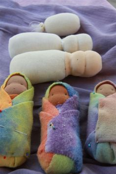 Rhythm & Rhyme: Wednesday Craft - Swaddle Dolls