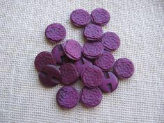 Purple Round Plastic Shank Buttons. 7/8 inch Purple buttons set of EIGHTEEN. These are in good condition