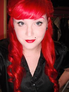 This is my new red hair..Achieved with L'Oreal Hicolor Hilights in Red