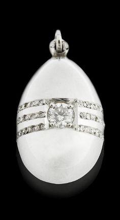 egg pendant, fabergé egg, faberg egg
